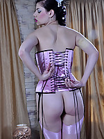 LacyNylons :: Biddy stockings clad woman