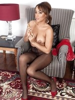 Luscious Kayla in sexy black, shiny pantyhose!