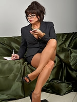 Amanda in Pantyhose