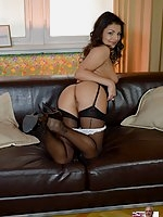 Aysha blowjob in stockings