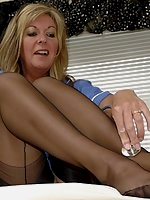 Nurse in nylon quickens pulse